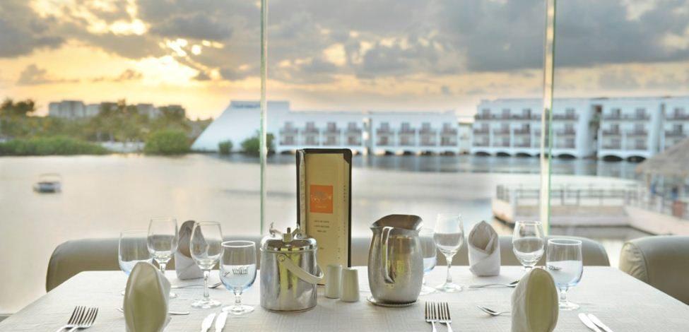Club Med Cancun Yucatan - Terrasse donnant sur le lagon