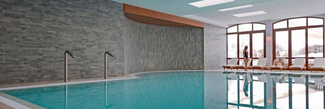 Club Med Pragelato Vialattea, en Italie - Vue de la piscine d'eau douce intérieur