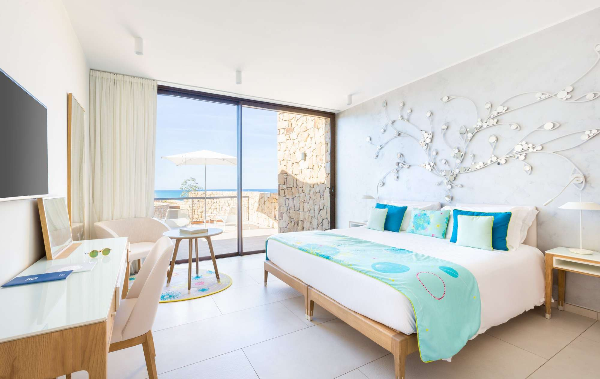 3Club_med_EXCLUSIVE_COLLECTION_Resorts_Cefalu_Suite_Communiquante4