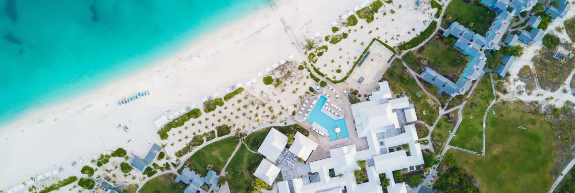 Vue aérienne du Club Med en entier.
