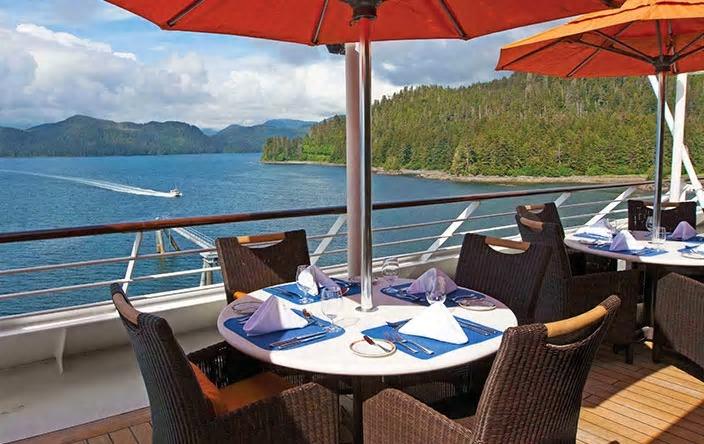 terrace-cafe-insignia-oceania