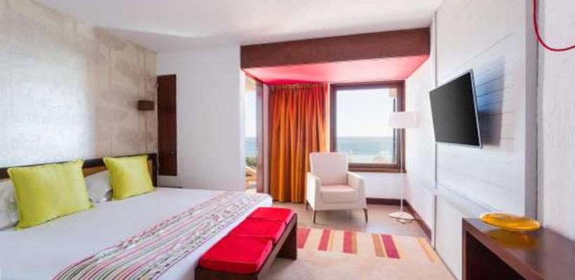 Club_Med_Cotes_Mediterraneennes_Da_Balaia_suite_room_1_11