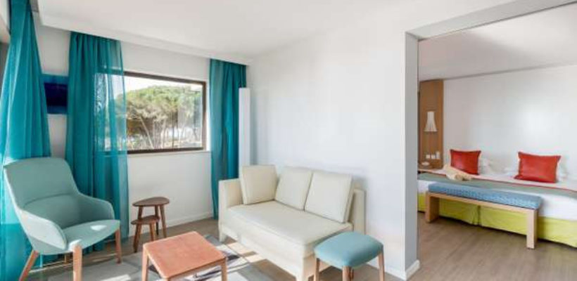 Club_Med_Cotes_Mediterraneennes_Da_Balaia_suite_room_1_5