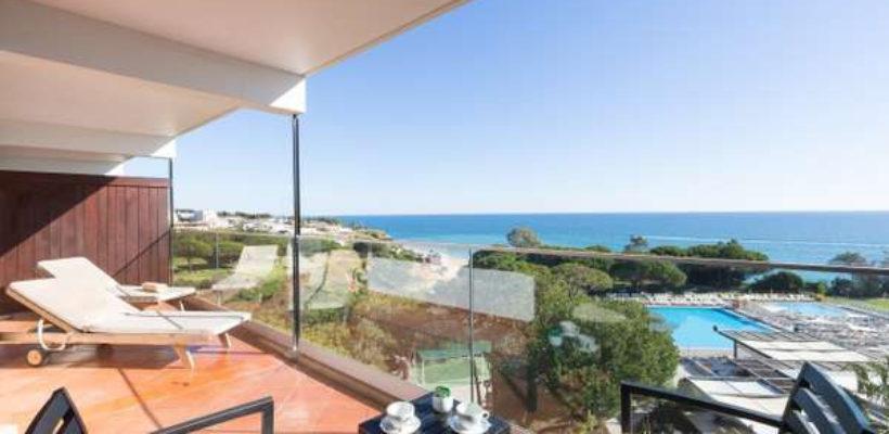 Club_Med_Cotes_Mediterraneennes_Da_Balaia_suite_room_1_9