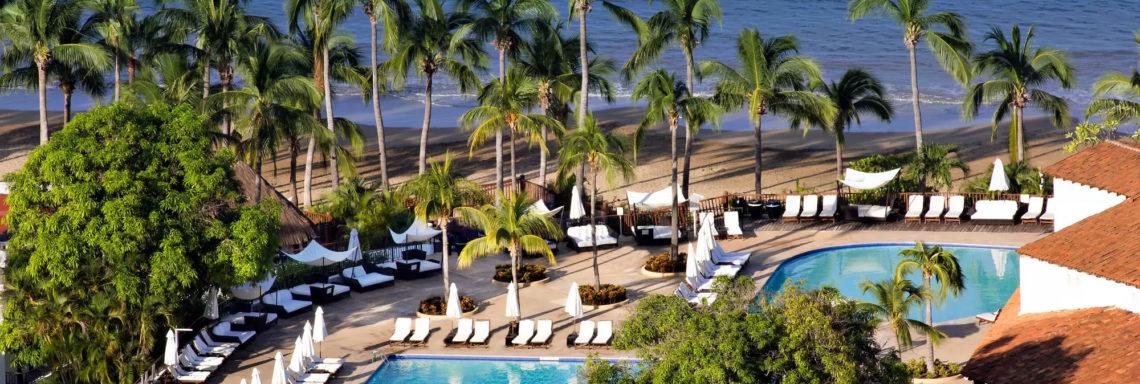 Club Med  Ixtapa Pacific, Mexique - Vue sur la piscine extérieure principale du complexe