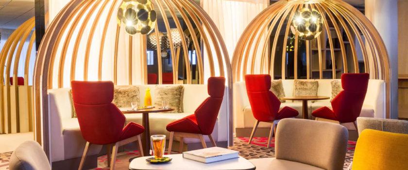 Club Med Arcs Panorama, en France - Image de l'intérieur du Lounge Bar réservé aux résidents de l'Espace Collection Exclusive