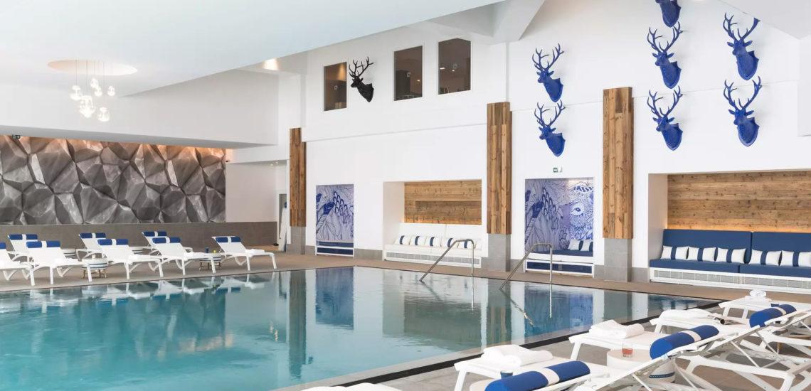 Club Med Samoëns, en France - Image de la piscine intérieure du complexe