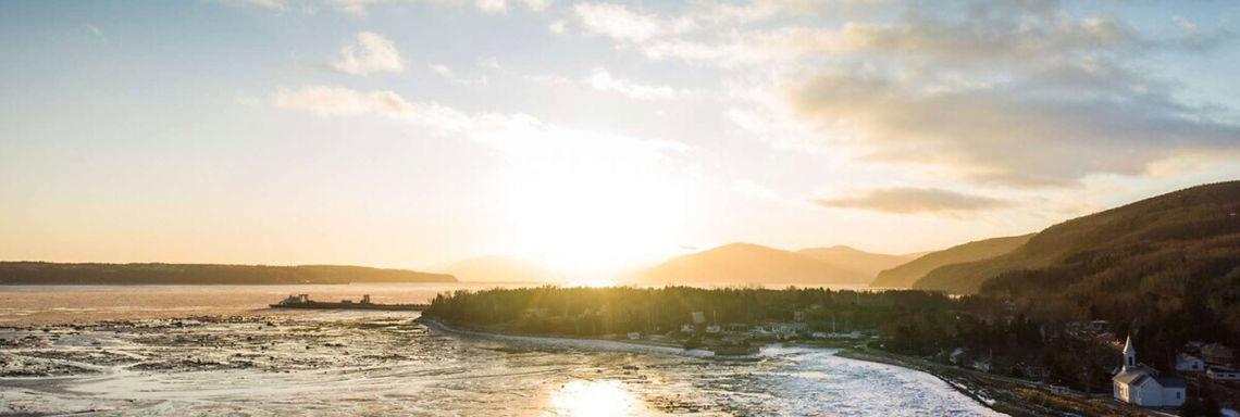 Le gel recouvrant le  fleuve saint-laurent