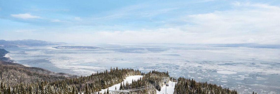 Escalader le  massif de Charlevoix au coeur du Québec enneigé