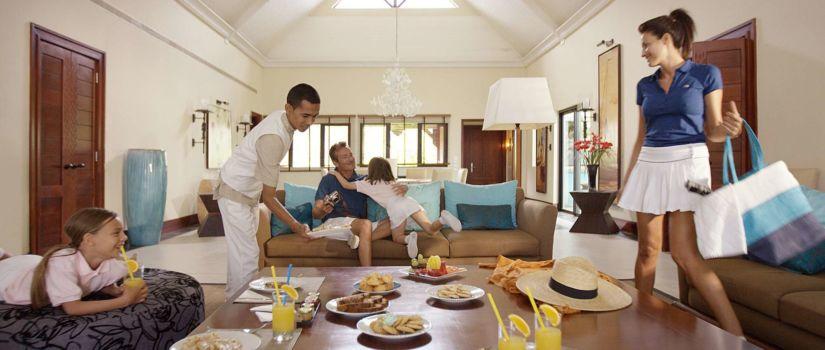 Accès direct à la plage, les chambres sont grandes et confortables.